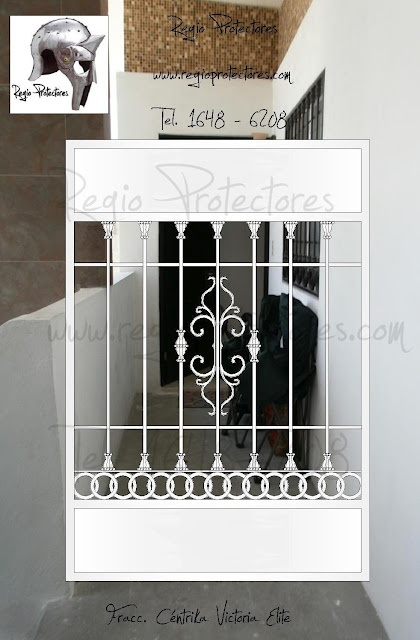 Reja de pasillo y puerta mosquitera fracc c ntrika for Puerta herreria moderna