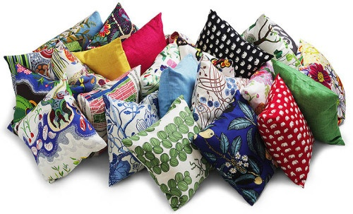 Lovely cushions from fabric legend Josef Frank (Svenskt Tenn). I want all of them on my kitchen built-in bench.