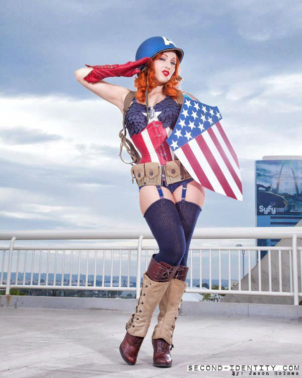 Stephanie Castro cosplaying Lady Captain America
