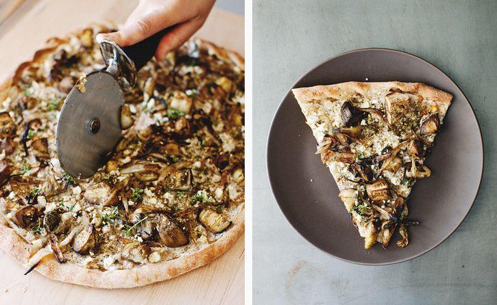 roasted eggplant za'atar pizza: Roasted Eggplants, Sprouts Kitchens, Mushrooms Pizza, Roasted Eggplantzaatar, Whole Food, Eggplants Zaatar, Eggplants Pizza, Eggplantzaatar Pizza, Food Drinks