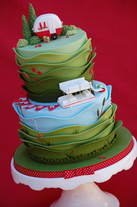 Pontoon Party by Royal Bakery (7/3/2013) View details here: http://cakesdecor.com/cakes/71153