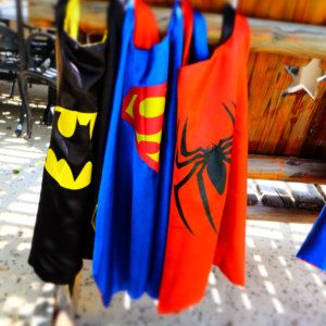 Superhero Cape - (1) Cape or 5 Pack ~ Batman,  Robin, Spider Man, Superman, Flash ~ birthday party favors, Superhero party, capes
