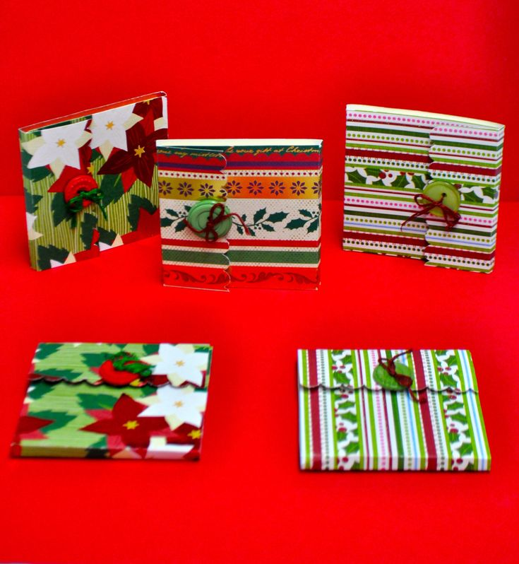 Christmas Post-it Note Holders by PapyrusPatty on Etsy https://www.etsy.com/listing/257000933/christmas-post-it-note-holders