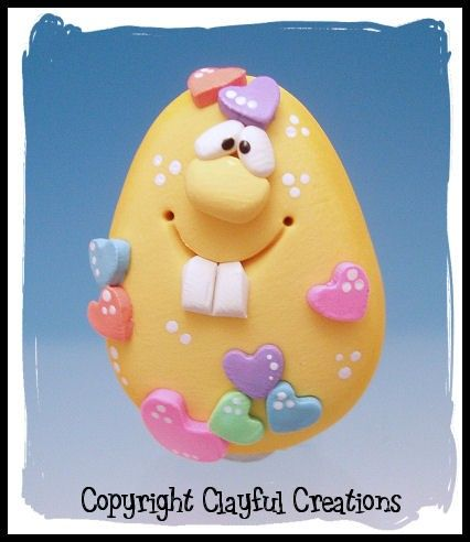 *POLYMER CLAY ~ Becky's Polymer Clay - Yellow and Full of Love Egg MAGNET