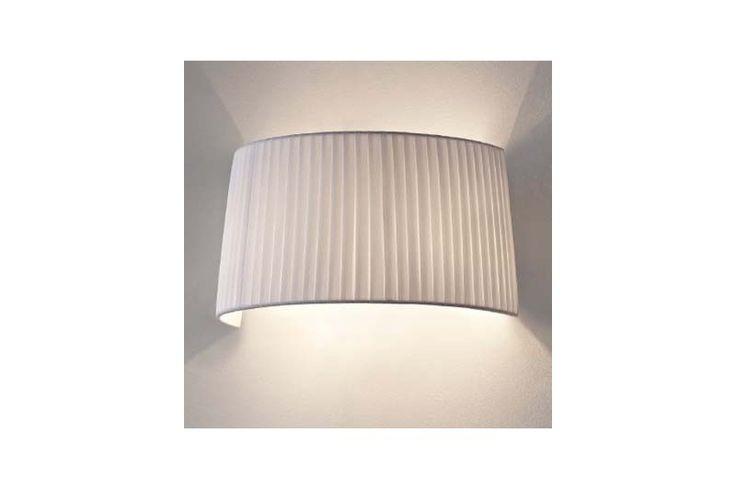 Aplică pentru spațiile bogate și relaxante, din pânză plisată. Colecția Modern by Atas Lighting