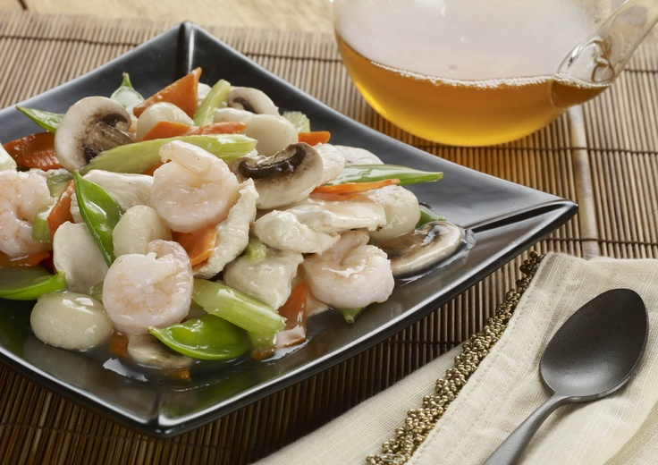 Moo Goo Gai Pan minus the mushrooms!   Starved & Parched   Pinterest