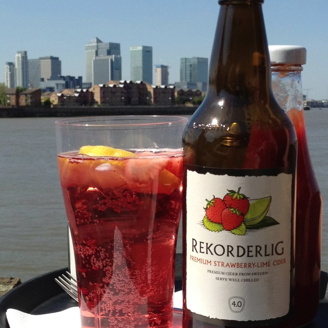 Strawberry and Lime cider overlooking Canary Wharf