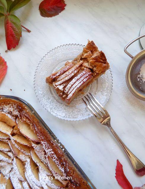 Apple Cream Pie http://pepiskitcheninenglish.blogspot.gr/2017/11/apple-cream-pie.html