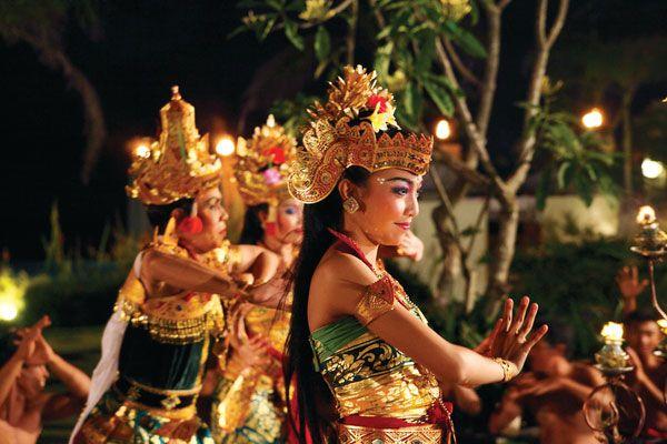 Wedding Setup at Bambu, Banyan Tree Ungasan, Bali. Learn more at…