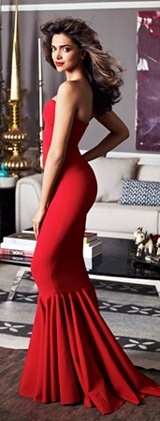 #DeepikaPadukone looks hot in a red gown : The babe was spotted on the cover of an architecture magazine and as always she carried herself with absolute style and elegance Posing confidently on the launch issue cover of Architectural Digest, Ms Padukone dazzles in a Jexika gown. Flaunting a red mermaid cut outfit, Deeps spoke about her new house