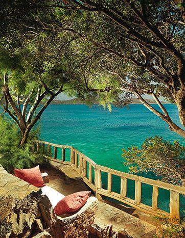 Les équipements  , Hotel Elounda Mare. Crete island, Greece.