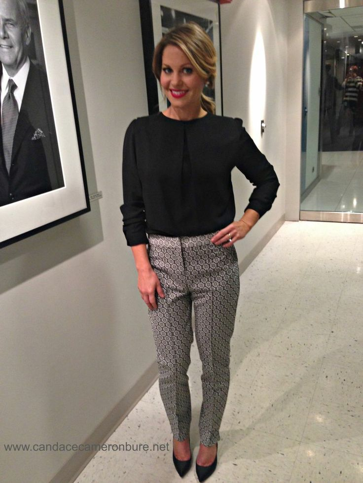 624bcd930b Image result for candace cameron bure switched for christmas outfits ...