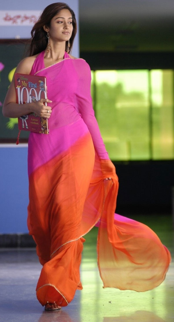 Indian Actress Ileana in Beautiful Saree
