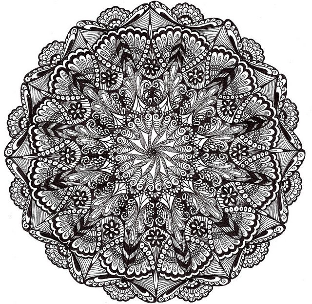 How cool would this be as a shoulder tattoo #doodle #zentangle #zendoodle