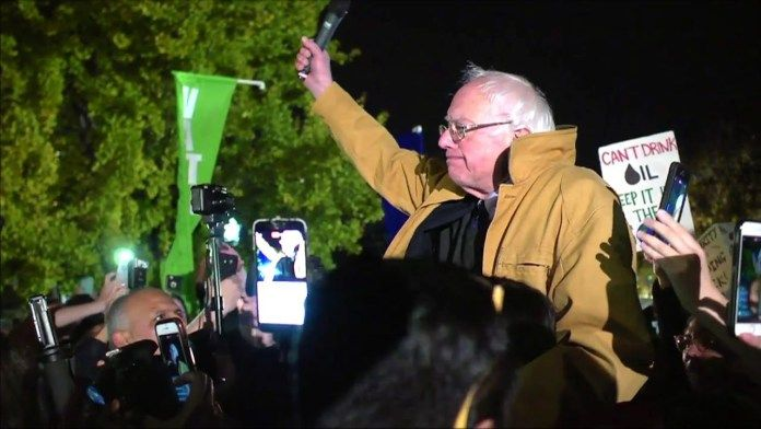 """Bernie Sanders' surprise speech outside the White House on rejecting Dakota pipeline & Trump     ----       """"Today we are saying it is time for a new approach to the Native American people, not to run a pipeline through their land."""""""