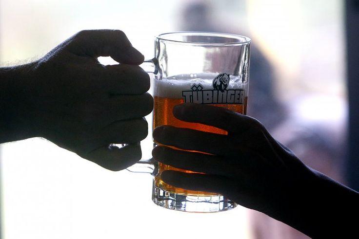 Diario La Nación - noticias de Chile y el mundo - Un paseo por Cervecería Principal, la planta artesanal de Pirque