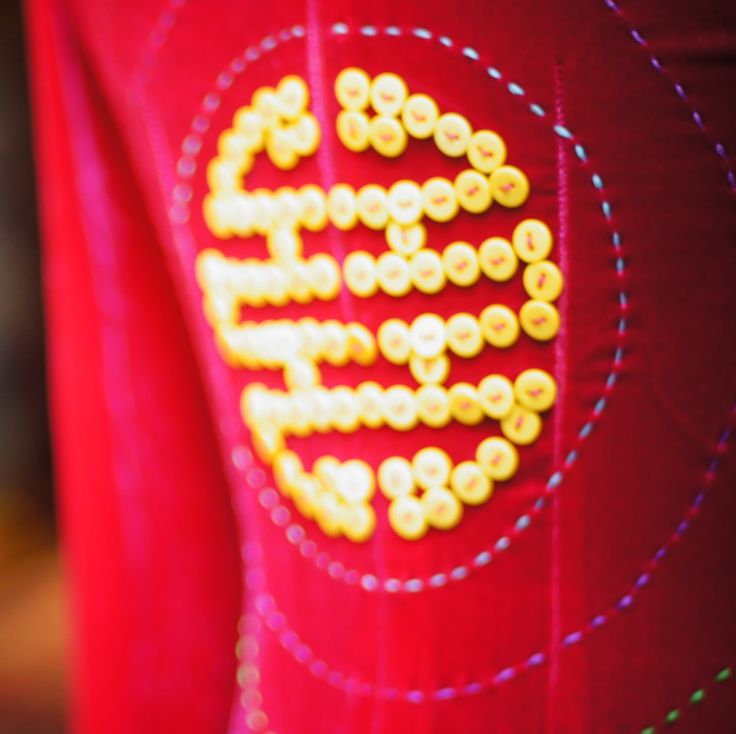 Vietnam circles...yellow long life symbol http://www.chulafashion.com/#!product/prd1/2485144531/ad22-%22-short-symbols%22