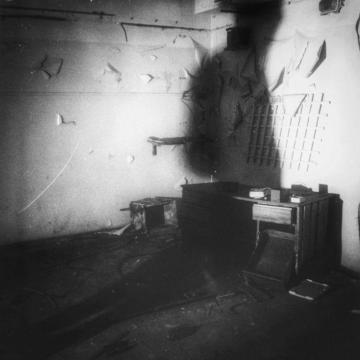 16cb07d31d2dd4959c8916c3d9928dee--bunker-abandoned.jpg