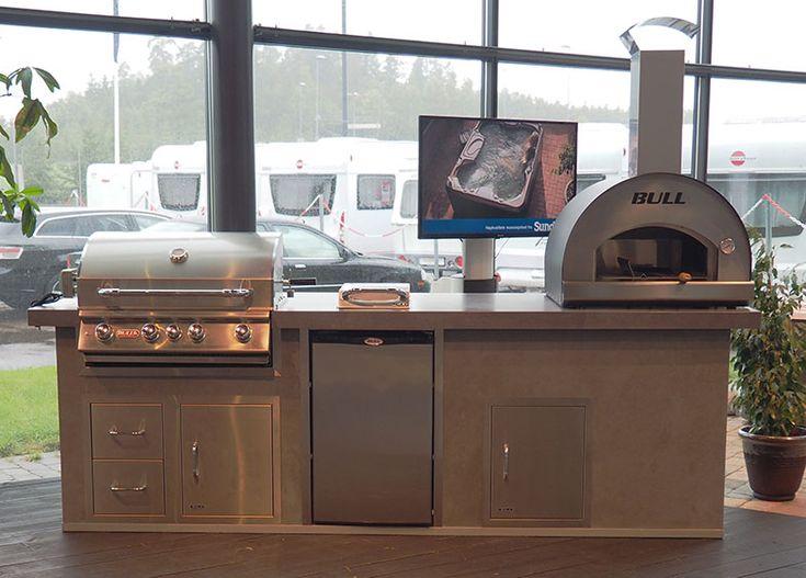 Komplett utekjøkken med heldekkende porselensfliser