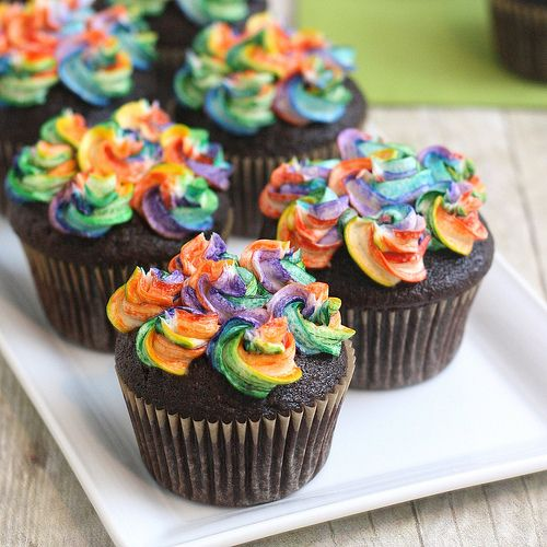 Chocolate Cupakes with Rainbow Frosting