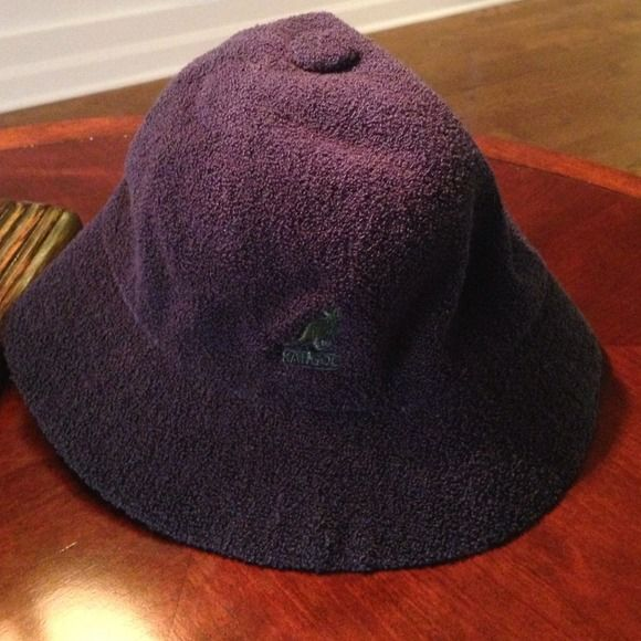 Kangol hat blue women's Awesome Kango hat made from Terry cloth with green  kangaroo on the front very lightweight it's Terry cloth!!would be great for somebody that lives close to the beach or somewhere warm I am also interested in trading someone if they have a winter Kangol hat it's women's size medium I'm in a cold climate  Kangol Accessories Hats