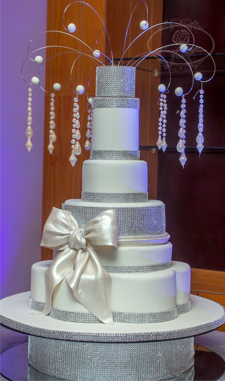 bling out wedding cakes 17 best images about for k on receptions 11922