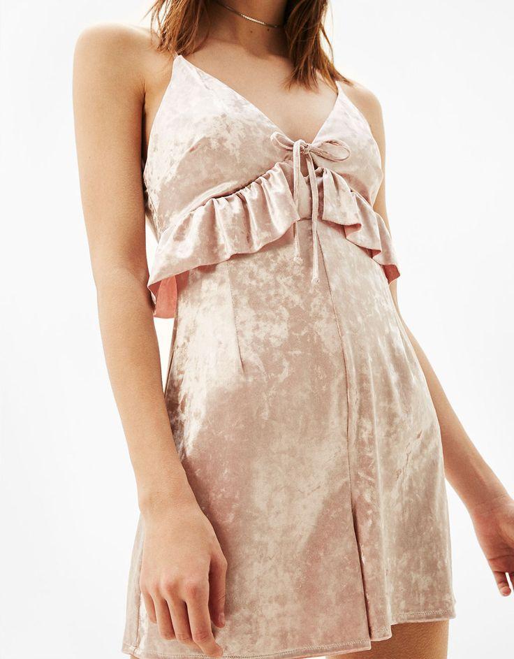 Φόρμα βελούδινη με βολάν - Ολόσωμες Φόρμες - Bershka Greece