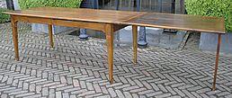 Antieke Franse tafel met uitschuifblad