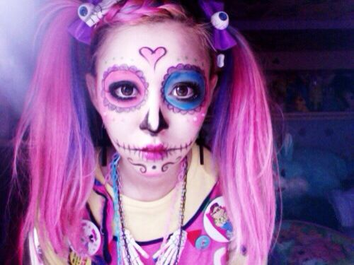 Cute day of the dead makeup   Rave Makeup   Pinterest