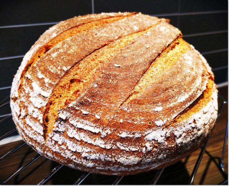 Følger du meg påFacebookogInstagram? :) Eltefritt brød er så enkelt å lage! Dette får de fleste til, spesielt siden man ikke trenger verken kjøkkenmaskin eller rå muskelkraft til …