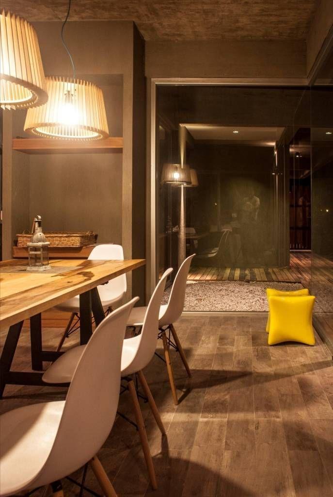 Casa MM (de FAARQ - Facundo Arana Arquitecto & asoc.)