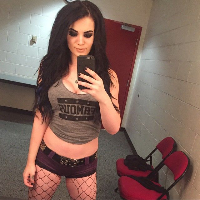 17 best images about celebrities on pinterest spotlight for Paige diva