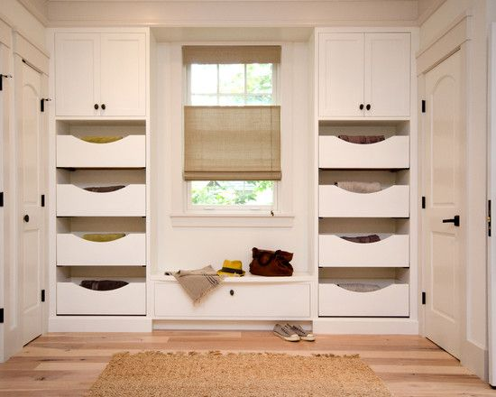 Entryway Closet   Drawers And Shoe Rack On One Wall?