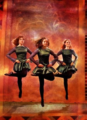 riverdance……..IRISH--B-GLORY YES…….THEY HAVE THEIR GREEN CARDS AND ARE ENTERTAINING HERE IN THE USA………………ccp