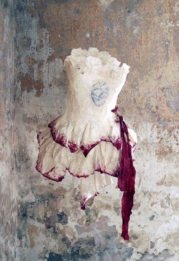paper fashion by Violise Lunn