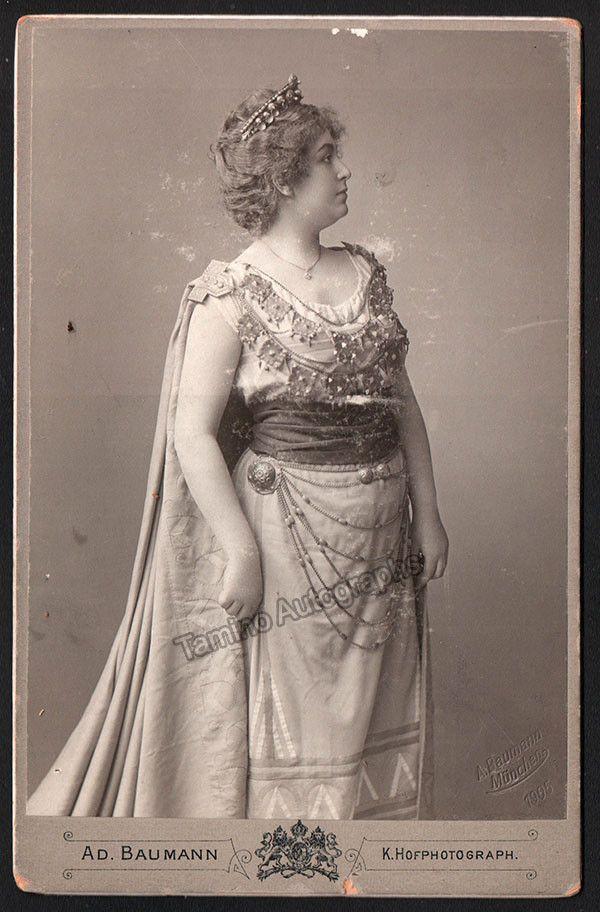 Alfred Pringsheim had een minnares: de zangeres Milka Ternin (1863-1941), de Callas van de 19e eeuw.