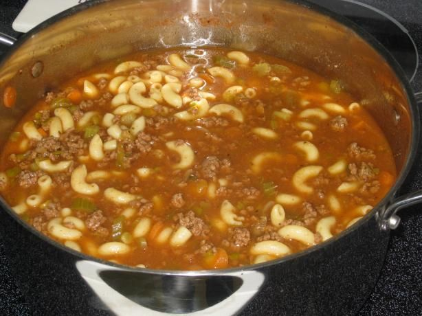This Pin is for Hamburger Soup, which I'm sure is great, but it reminds me of my good old Tiff Burger Helper. Ground Turkey and veggies cooked in the skillet, add water or stock plus pasta and cook the pasta in the pot with all the other ingredients soaking up that goodness... Just like hamburger helper, except from scratch, minus the chemicals and yuckness.