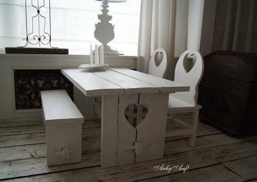tafel met stoeltjes kind zelf maken - Google zoeken