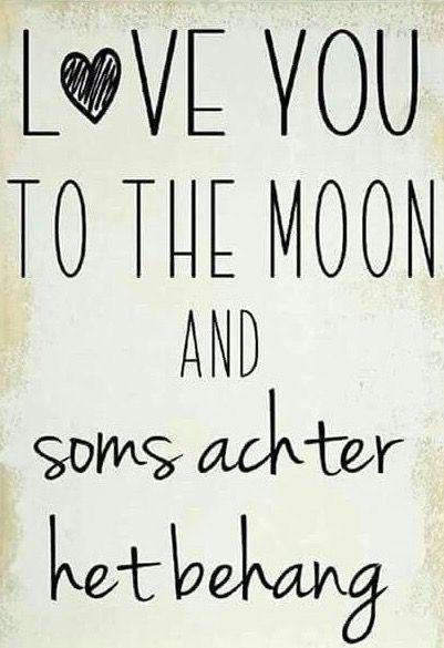 Quote love you to the moon en soms achter het behang #leukmetkids #ouders #mama …