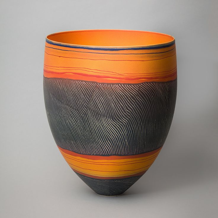 http://sabbiagallery.com/artists/pippin-drysdale/