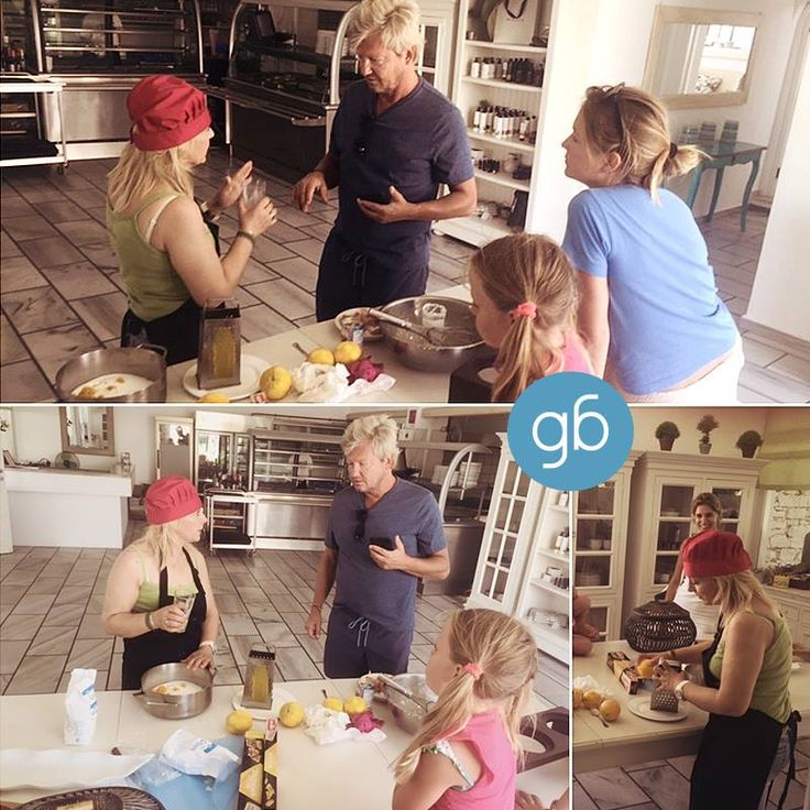 Cooking Lesson @goldenbeachhotel! #goldenbeachhotel #goldenbeach #beach #paros #holidays #greece #hotel #summer #toparos