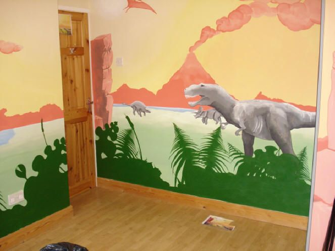 14 best dinosaurs small bedroom ideas images on for Dinosaur mural ideas