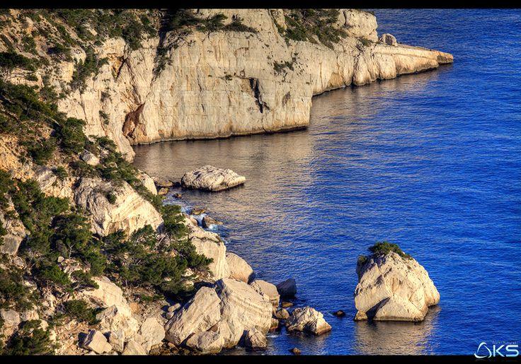 Calanques by Karim SAARI on 500px  #calanque #marseille #mediterranee #mer #nature #provence #provence-alpes-cote-d'azur #sunset