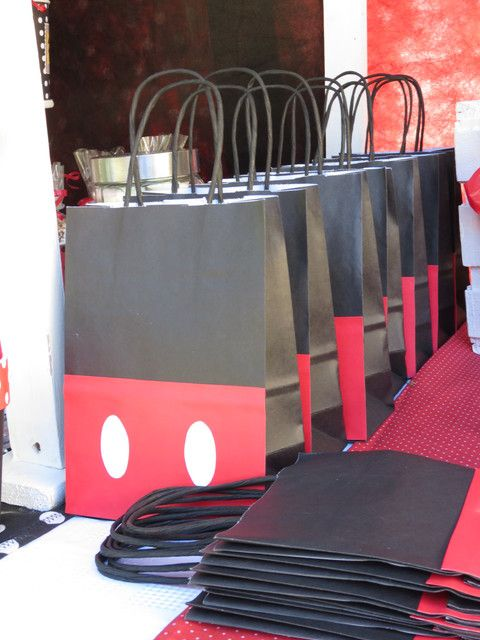 "Photo 1 of 25: Mickey Mouse Party / Birthday ""Mickey Mouse para Alvarito"" 