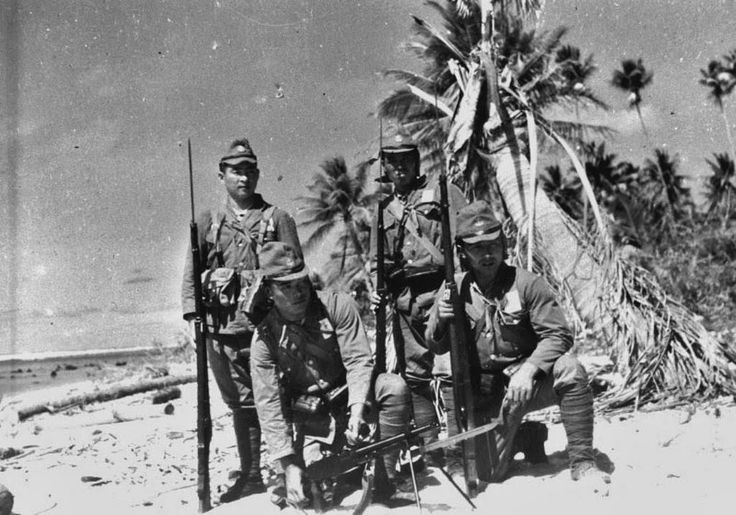 Soldiers of The 6th Yokosuka Special Naval Landing Force in Makin Island in The Gilbert Islands Archipelago, Early 1943.
