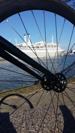 SS.Rotterdam / Hugo Scheurwater