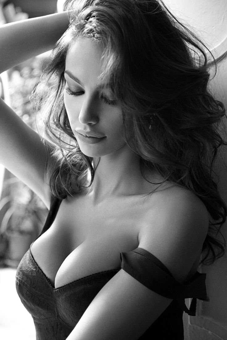 Sexy Playful Elegant Style Boudoir Photos And Poses Find -8832