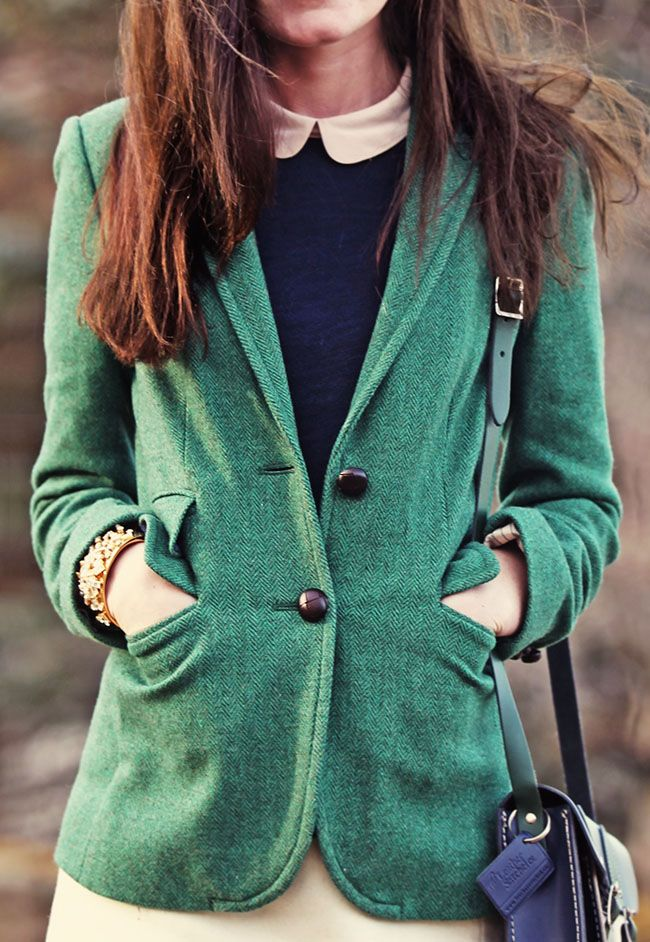 Classy Girls Wear Pearls: Country Acres- I LOVE this Blazer.