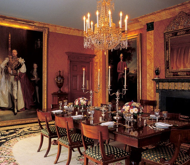 The dining room from the apartment of Henry Kravis and Carolyne Roehm, decorated in 1985 by Denning & Fourcade and parodied in the movie Bonfire of the Vanities. Photo credit: Architectural Digest