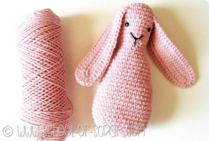 Coniglio Amigurumi Uncinetto : Oltre 25 fantastiche idee su Coniglio alluncinetto su ...